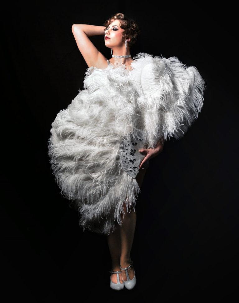 Miss Elinor Divine Elinesque Showlesque Dein sündiges Tanzvergnügen in Düsseldorf und Moers Kurse und Workshops